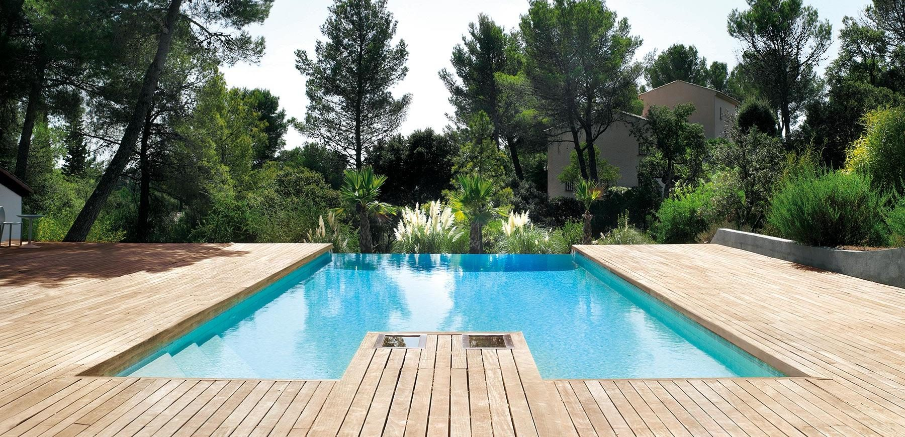 Amenagement pool house modulaire pool house luxe sarl for Abord piscine bois